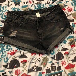 NWOT Billabong Jean shorts